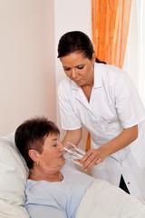 Pflegerin bei Altenpflege