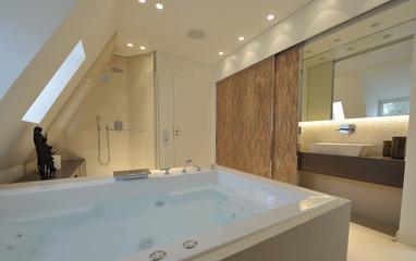 Badezimmer im Dach