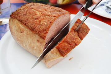 Leberkäse geschnitten