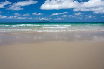 plage de Beau Vallon à Mahé, archipel des Seychelles
