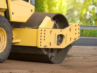 Resurfacing  road  wheel  movement