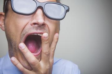 Hombre Con Gafas 3D
