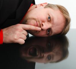 Opposite behavior of man