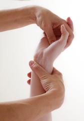 ayurvéda et massage des mains