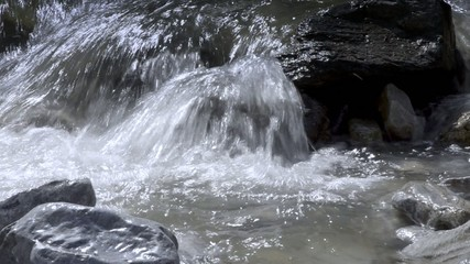 acqua e pietra