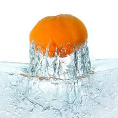 mandarine splashing