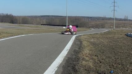 kart on race lap