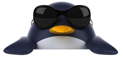 Pingouin et lunettes de soleil