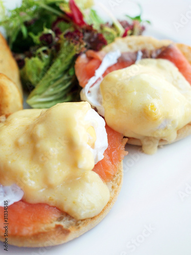 Egg benedicts with salmon