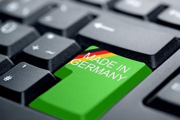 Made In Germany Deutschlandfagge grüne Taste