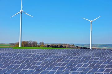 Solarkraft und Windkraft
