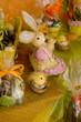 vitrine de pâques colorée