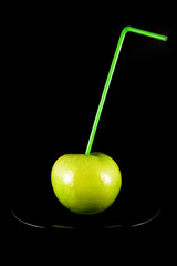 apple with straw