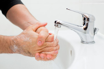 washing hands 001