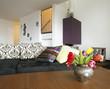 divano e fiori