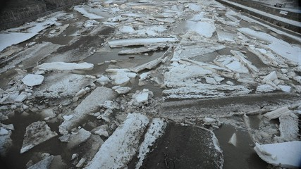 River Ice Jam Timelapse - starts moving in the end
