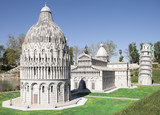 Piazza dei Miracoli miniature in Mini Park