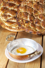 Egg and pide