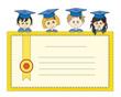 Estudiantes con su diploma
