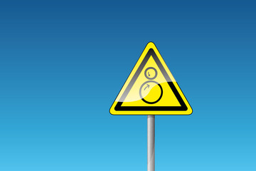 Warnung vor Einzugsgefahr