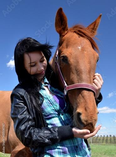femme et amour de cheval
