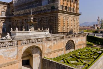 Firenze, Giardini di Bolboli e Palazzo Pitti