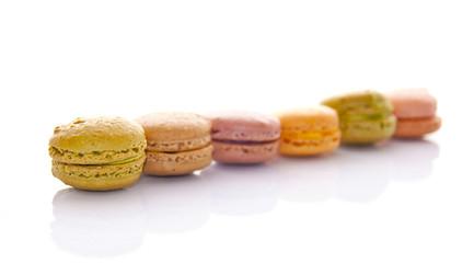 Macarons, fond blanc
