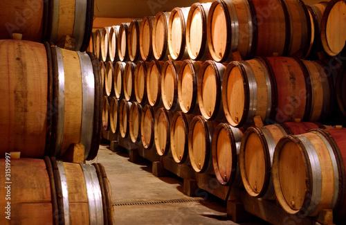 cave caveau a vin conservation vinification photo libre de droits sur la banque d 39 images. Black Bedroom Furniture Sets. Home Design Ideas