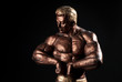 statuette body-builder 12