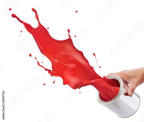 splashing red paint - 31547756