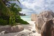 paysage de la Digue aux Seychelles