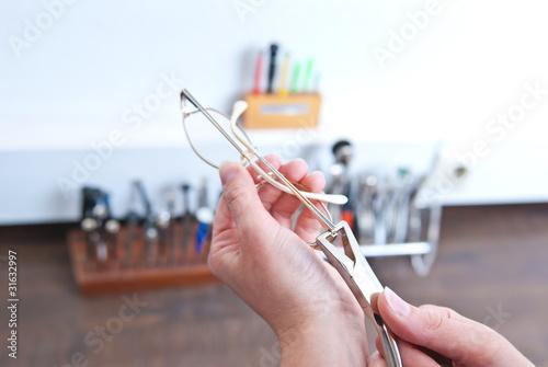Leinwanddruck Bild Brille anpassen