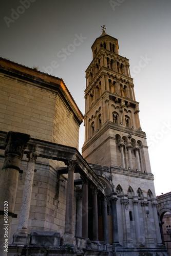 Architektura chorwackiego miasta Split. Zabytkowa zabudowa.