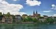 Le long du  Rhin a Bâle , Suisse.