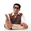 Mann mit dickem Buch
