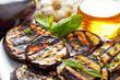 melanzane arrosto con olio,aglio e menta