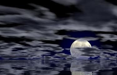 Vollmond am Horizont spiegelt sich im Wasser