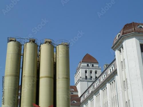 historische Hafenmühle in Dresden