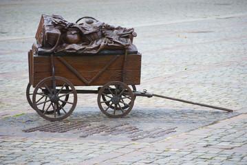Wózek z brązu