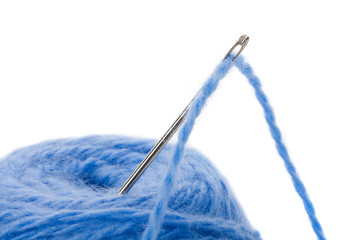 thread clew with needle