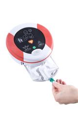 AED Gerätekassette öffnen