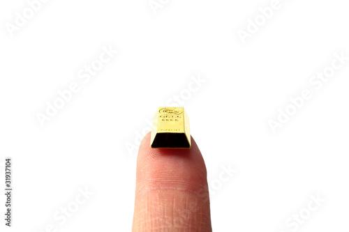 指先の金塊