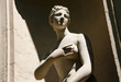 Antike Frauenskulptur