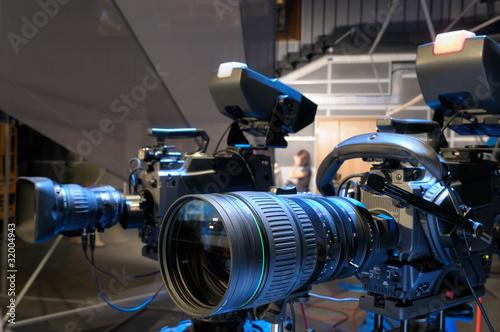 Television cameras in TV studio. - 32004943