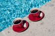 café en bord de piscine 3