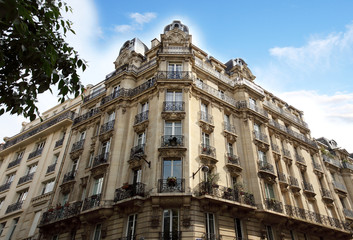 House in the typical neoclassical  style of Paris.