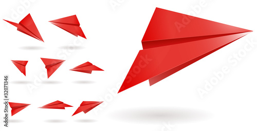 red paper planes isolated on white background
