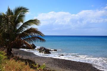 Schwarzer Strand auf Grenada