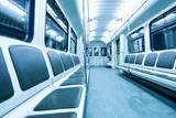 Fototapeta upływ - pasażer - Metro