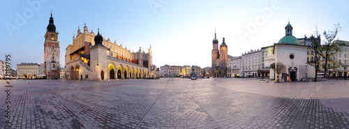 Leinwandbild Motiv City square in Kraków, Poland